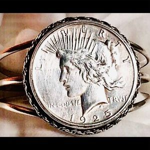 US 1925 Liberty Silver Peace Dollar Coin Bracelet
